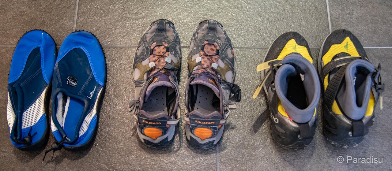 Ausrüstung Flusswandern Schuhe
