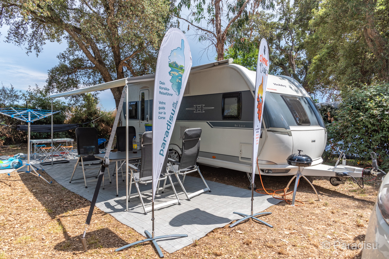 Camping Korsika 14 Wohnwagen Auf Stellplatz