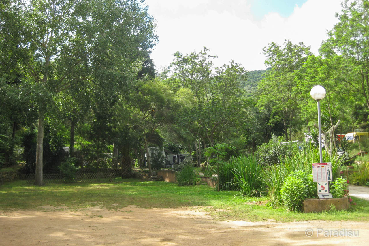 Camping Peretto Les Roseaux