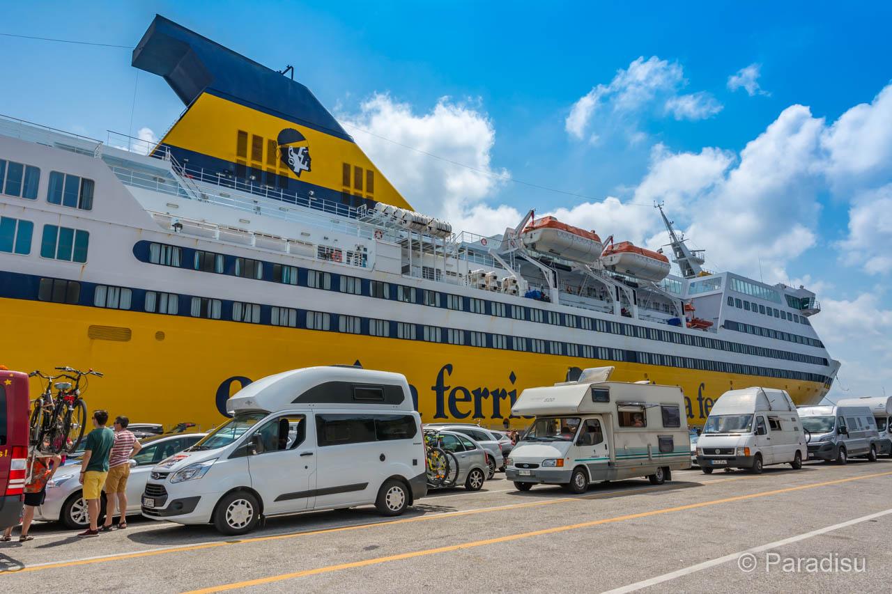 Korsika Fähre  Paradisu - der grosse Reiseführer für Korsika