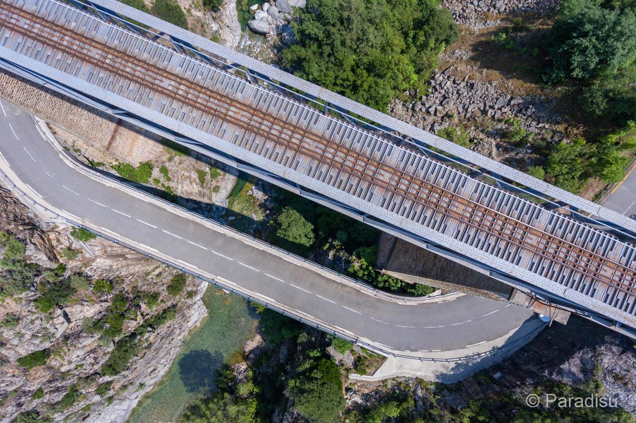 Viadukt Von Gustave Eiffel über Den Vecchio