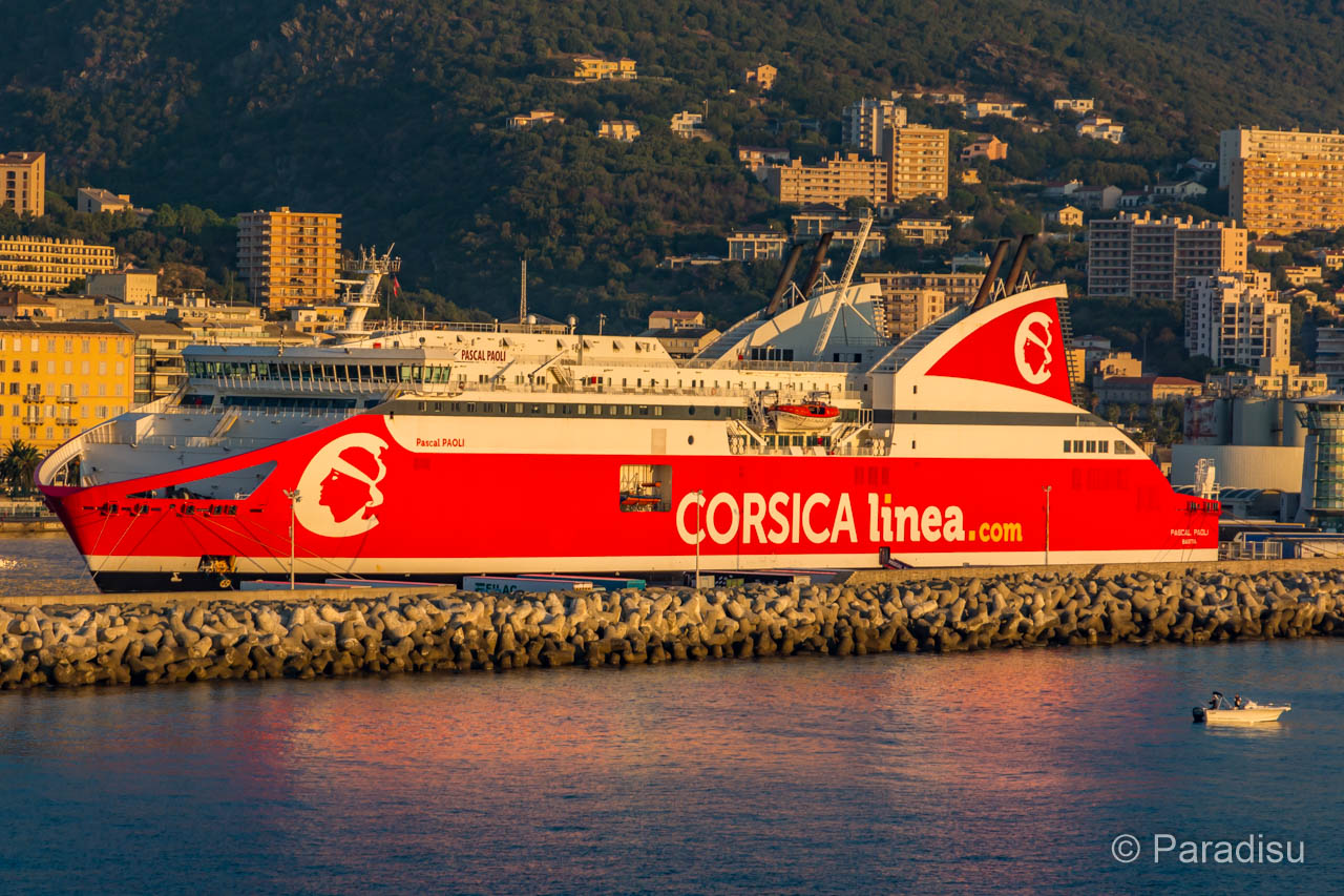 Korsika Fähre Corsica Linea