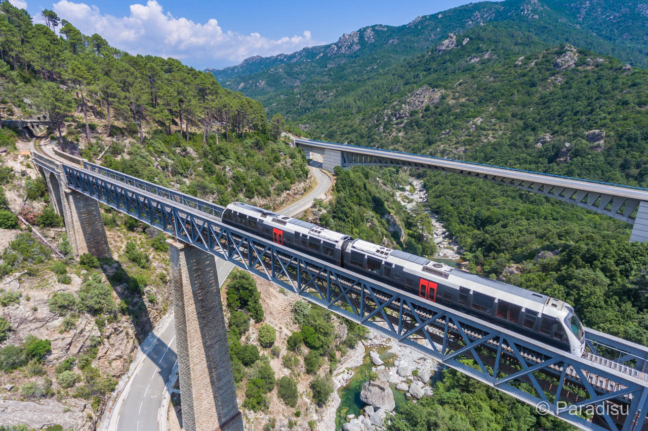 Korsika Highlights korsische Eisenbahn