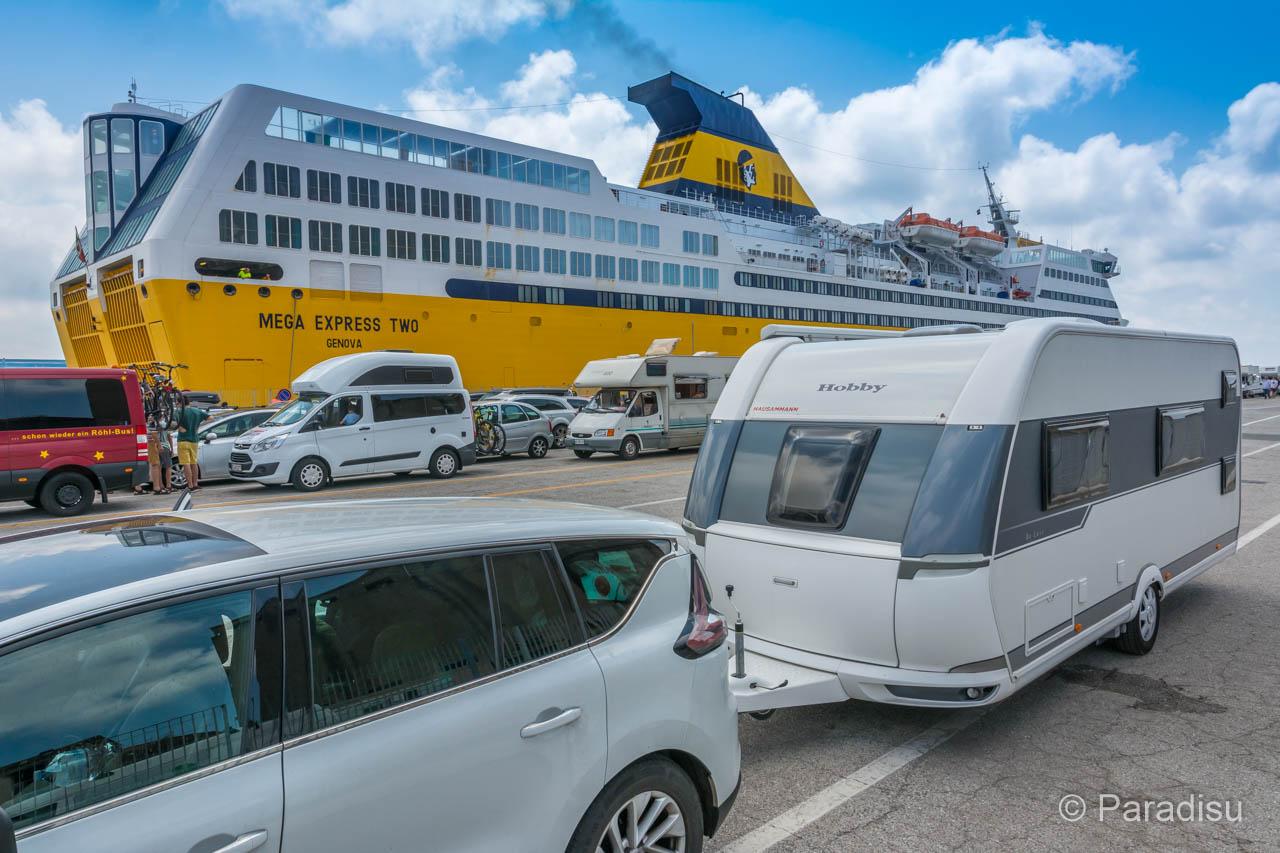 Korsika Fähre Mit Wohnwagen