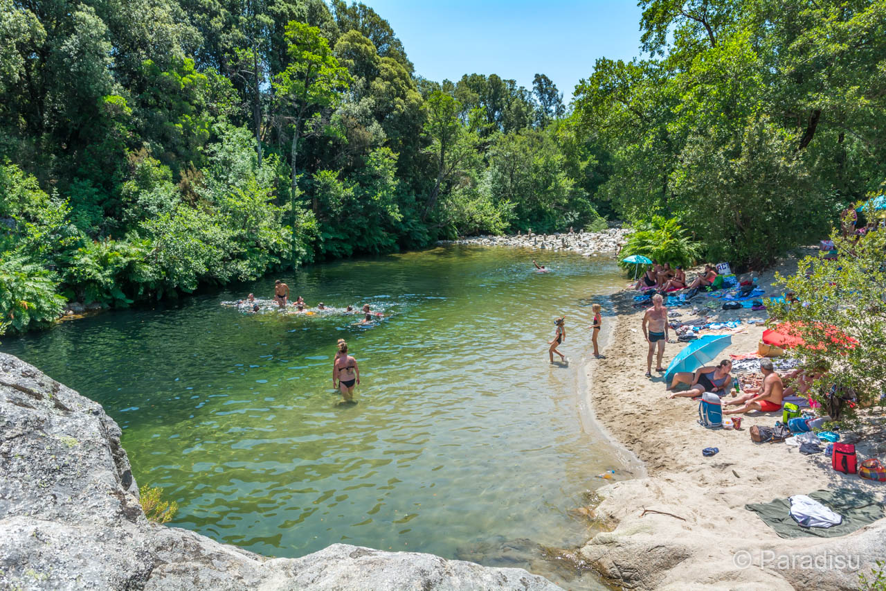 Flussbadestelle Pont De Carbuccia
