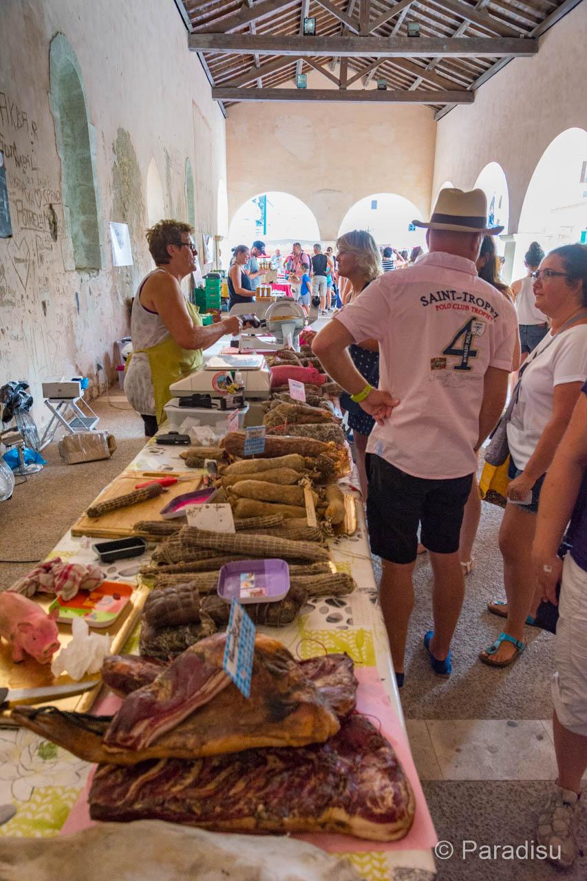 Markt auf Korsika Bonifacio