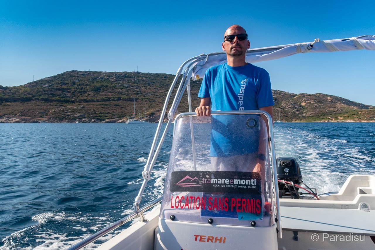 Tour Mit Dem 6-PS-Boot Im Golf Von Calvi