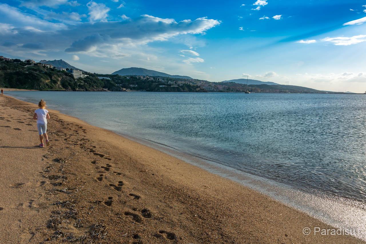 Strand Von Baraci