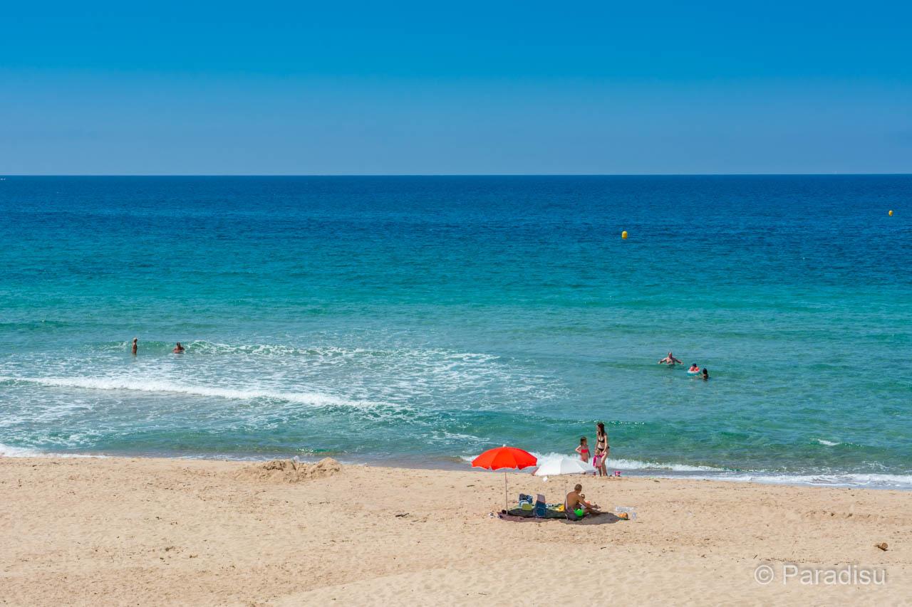 Strand Von Santana