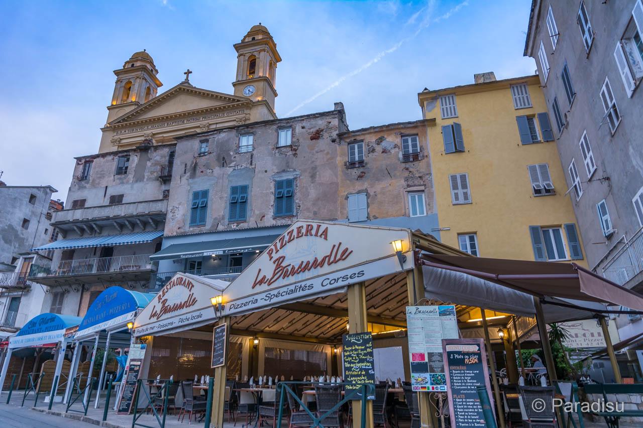 Vieux Port Mit St-Jean Baptiste