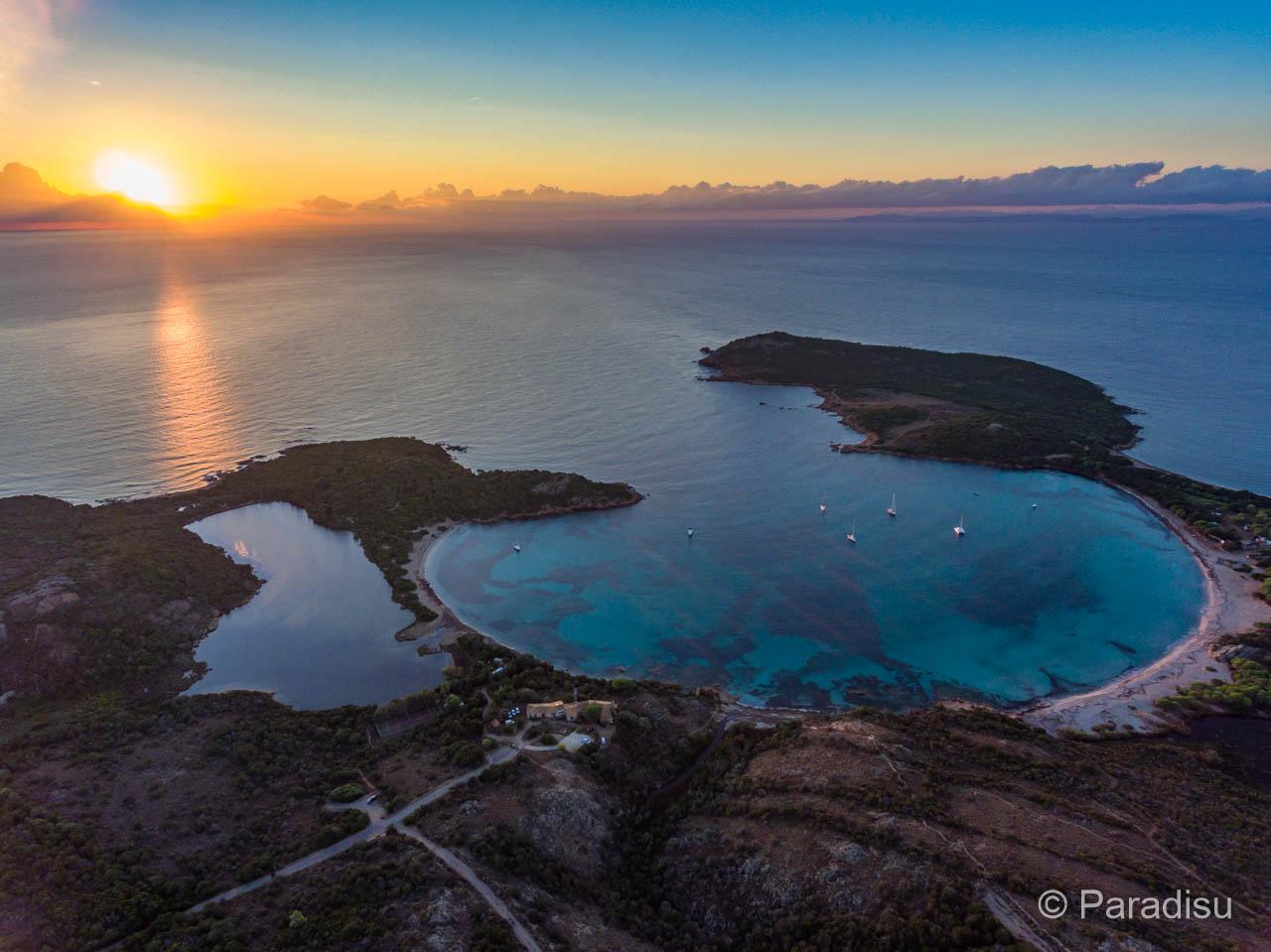 Bucht Von Rondinara Bei Sonnenaufgang