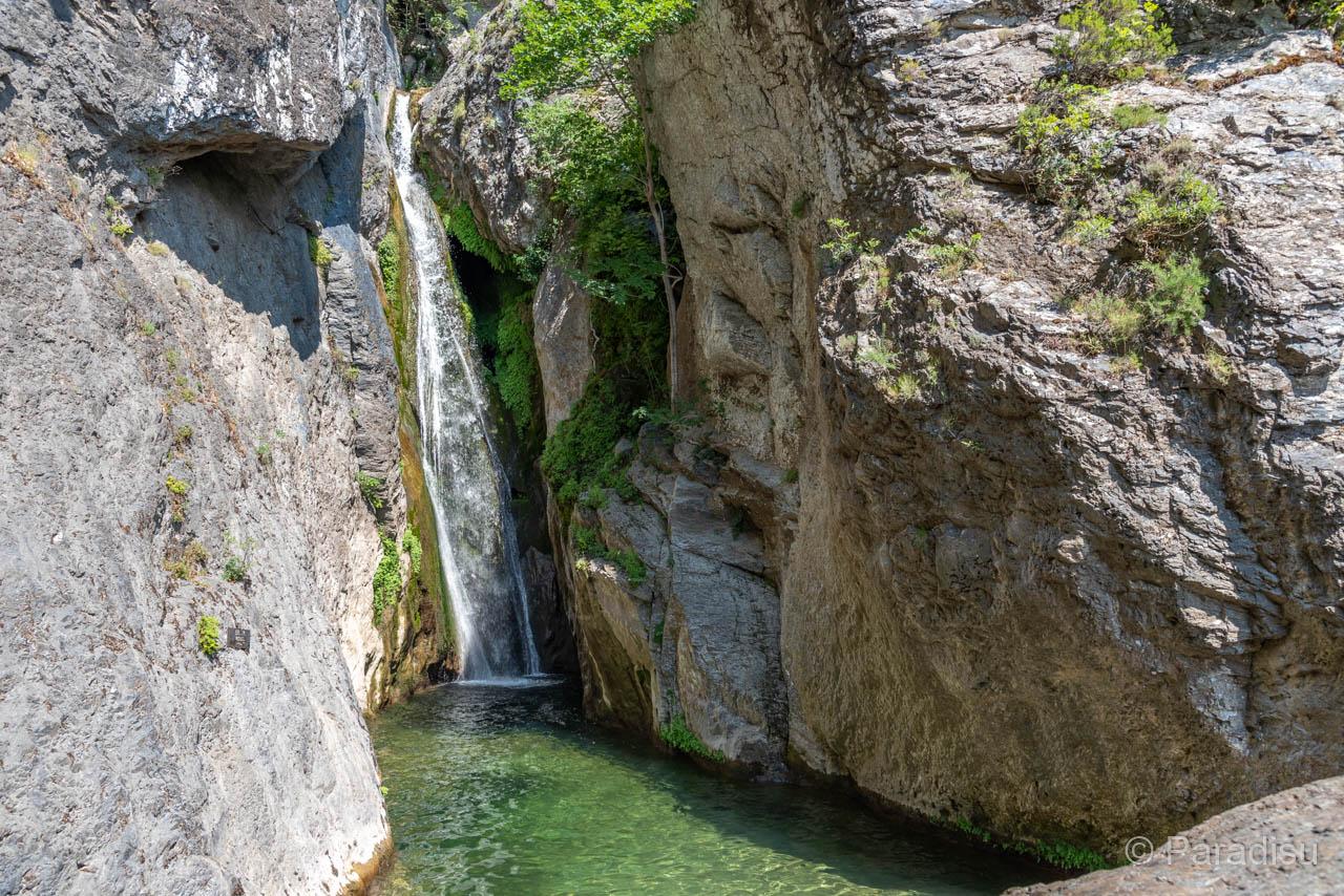 Cascade De L'Ucelluline