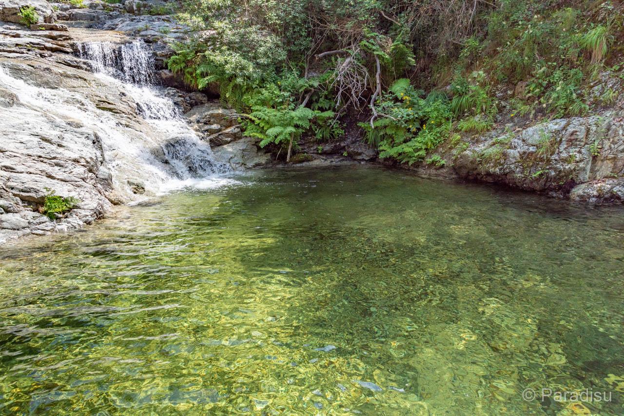 Flussbadestelle Bei Der Cascade De La Voile De La Mariée