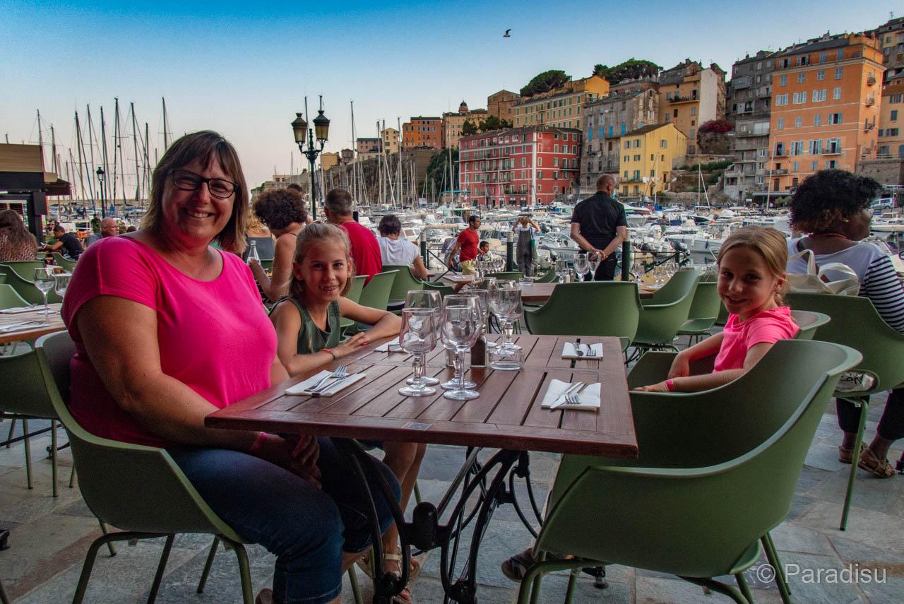 Nachtessen Im Alten Hafen Von Bastia