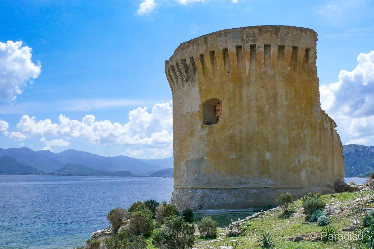 Wanderung Zur Tour De Mortella